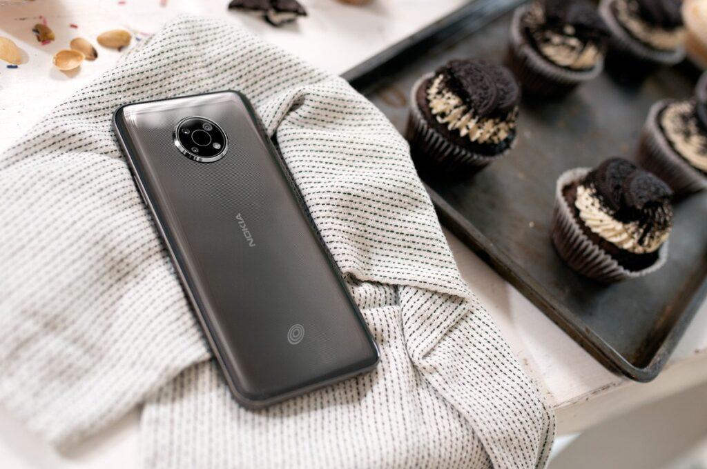 تلفن هوشمند نوکیا G300 با نمایشگر بزرگ معرفی شد